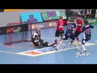 Floorball Goalies - Amazing saves