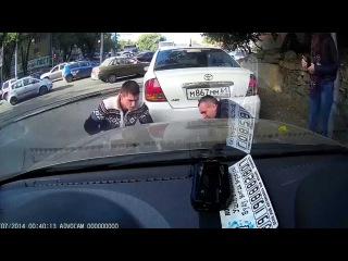 необычная авария в Ростове-на-Дону