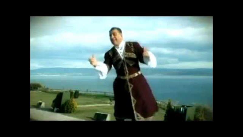 (ATATÜRK)e GÜNEY AZERBAYCAN TÜRKLERİNDEN şarkı Huşeng Ceferi