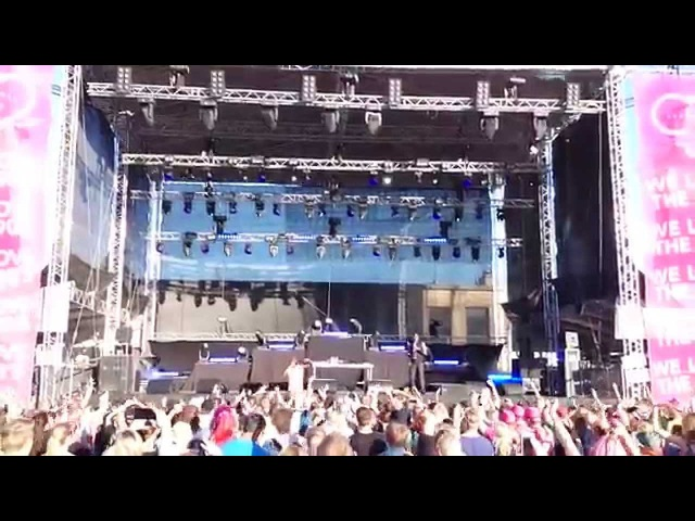 Coolio - 1 2 3 4 (Sumpin New) Gangstas Paradise LIVE @ We Love The 90's Helsinki 2015
