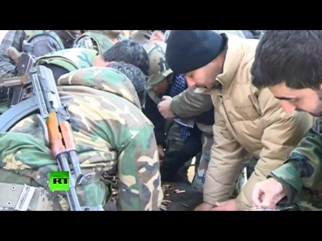 Очевидцы резни в сирийской Адре: «Дорога в город завалена обезглавленными телами» Опубликовано: 17 дек. 2013 г.