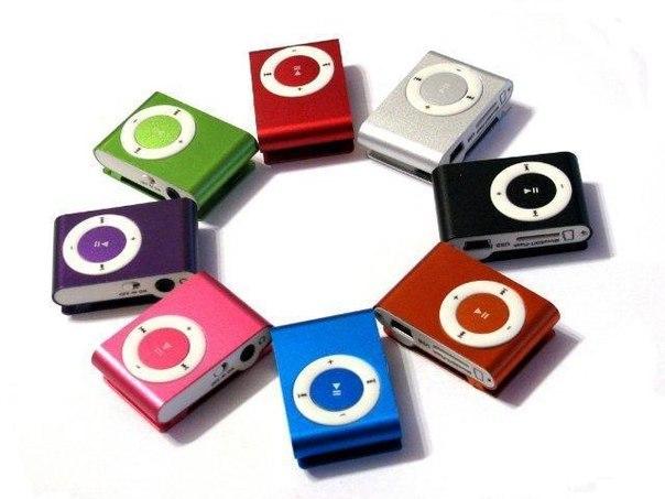 Лот №55. MP3 плеер копия ipod shuffle Начальная цена - 200 рублей Мини
