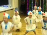 Прикольный танец Снеговика на утреннике в детсаду. Это просто угар