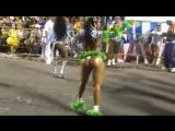 Morena gigante dançando e rebolando o popozão   Brazilian Girls vk.com/braziliangirls