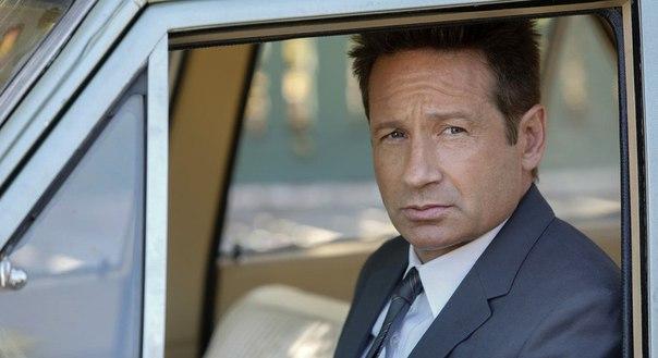 Сериал с Дэвидом Духовны «Водолей» официально продлен на второй сезон.