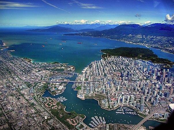 Власти Ванкувера (Канада) задались целью сделать свой город самым зелёным и чистым к 2020 году, что уже привело к снижению водопотребления на 20%. Плюс, 41% жителей ходят пешком или пользуются велосипедом
