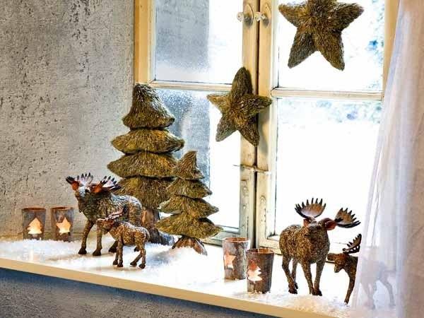 Декор окна к новому году, новогоднее украшение окна и подоконника