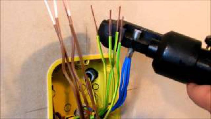 Опрессовка проводов в распределительной коробке Crimping of the wires in the junction box
