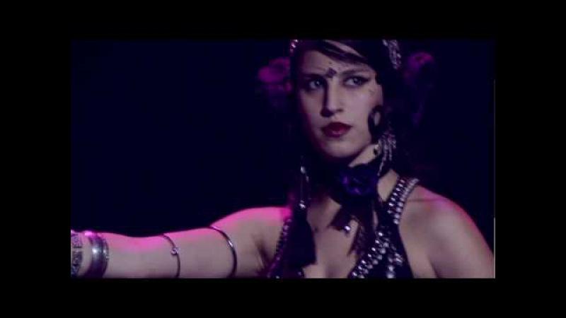 Hypnotic Tribal Fusion por Joline Andrade   Salvador - BA