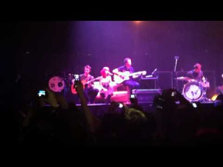 Paramore Misguided Ghosts Acoustic Nottingham