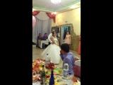 Свадебный танец молодоженов и их друзей