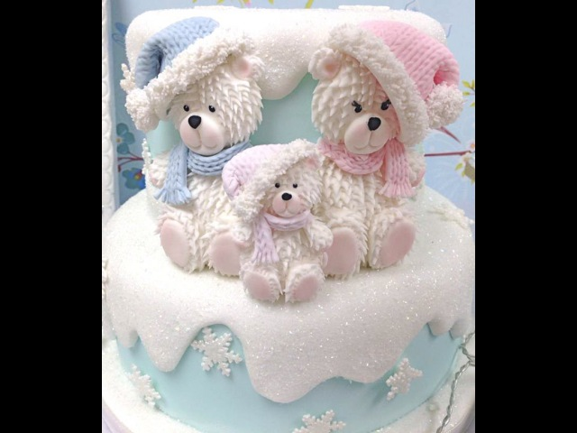Karen Davies Cake Decorating Moulds / molds - Teddy - free beginners tutorial