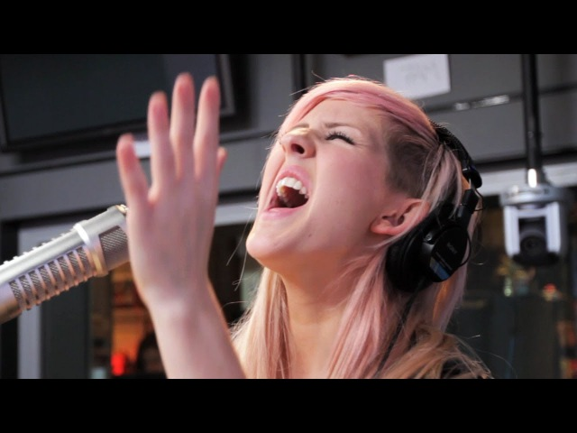 Ellie Goulding Lights Acoustic on Ryan Seacrest Performance On Air With Ryan Seacrest