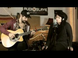 Bette Davis Eyes acoustic cover by Julz Di Sisto Nathan Wheldon