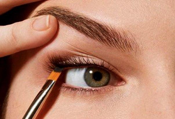 как наносить дневной макияж по цвету глаз