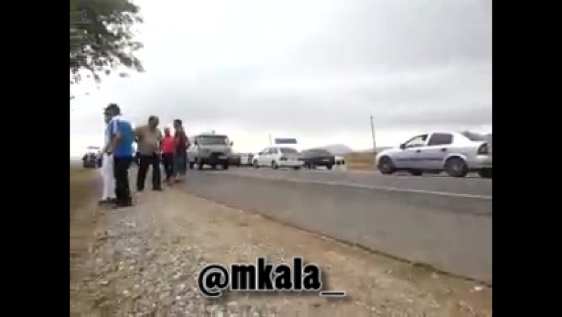 Авария на повороте в поселке Темиргое Дагестан