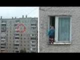 Родители бесстрашного ребенка рассказали, как их сын оказался на карнизе окна 8 этажа