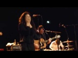 Intergalactic Lovers - Bruises - live Ampere Munich 2015 07 23