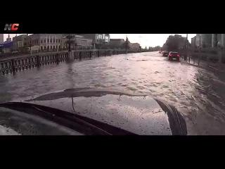 Ураган в Казани 23 июня 2015 / Nice-Car.Ru
