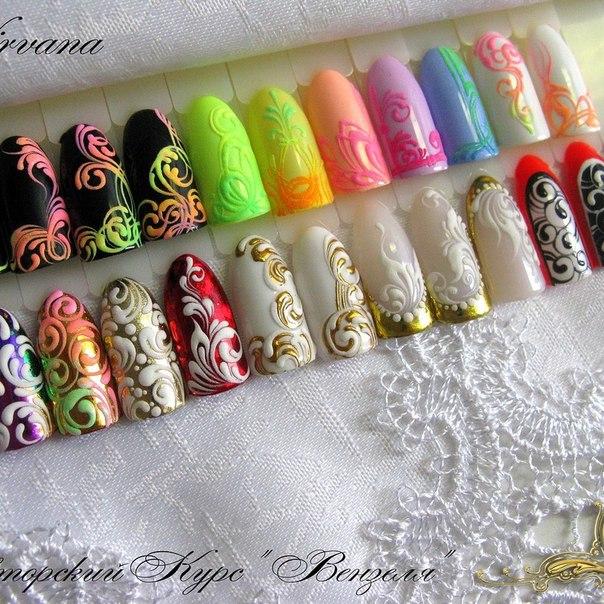 Дизайн ногтей вензеля