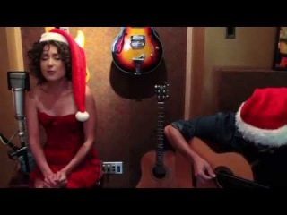 Christmas Song! Elizaveta sings Marshmallow World