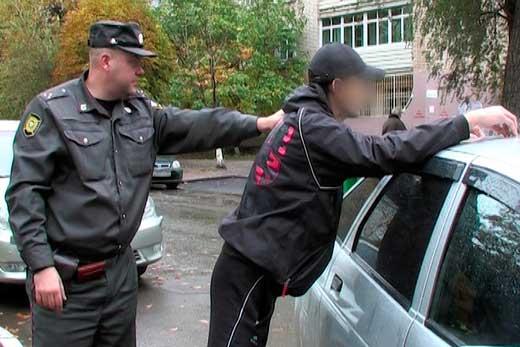 В Таганроге полицейские из третьего отдела полиции раскрыли угон