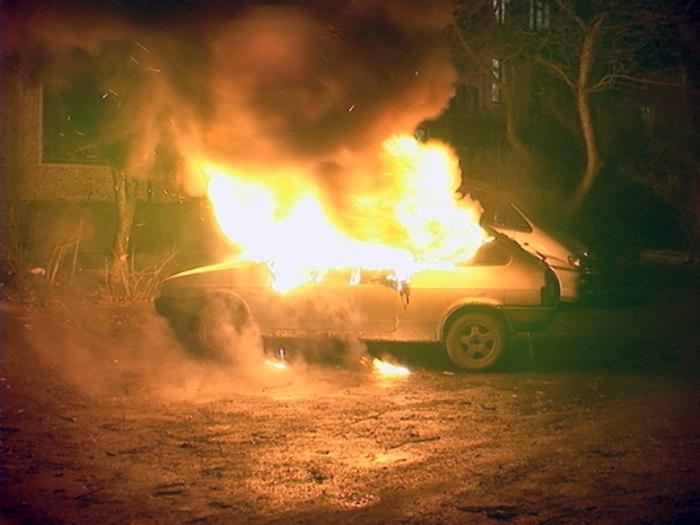 В Таганроге ночью сгорела «восьмерка»