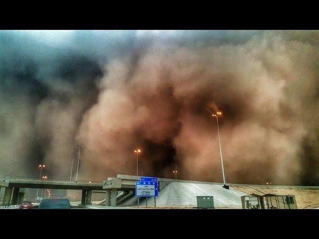 Video Amatir merekam Detik-detik Badai Pasir Mekkah seperti SHUNAMI