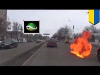 Amazing molotov cocktail car chase in Ukraine then police fight!