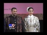 Salman and Sonam rock the ramp at the Khadi Fashion Show in Ahmedabad - Tv9