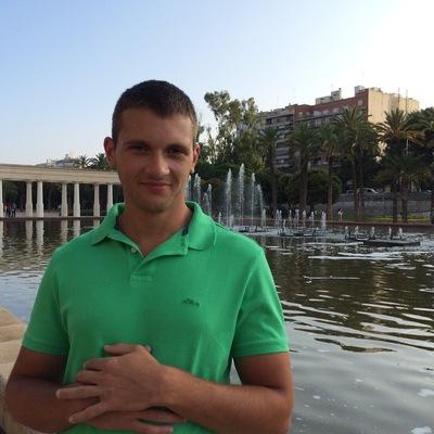 Александр Толин