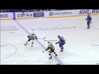 Чибисов опрокидывает Хохрякова / Chibisov hits Khokhryakov centerice