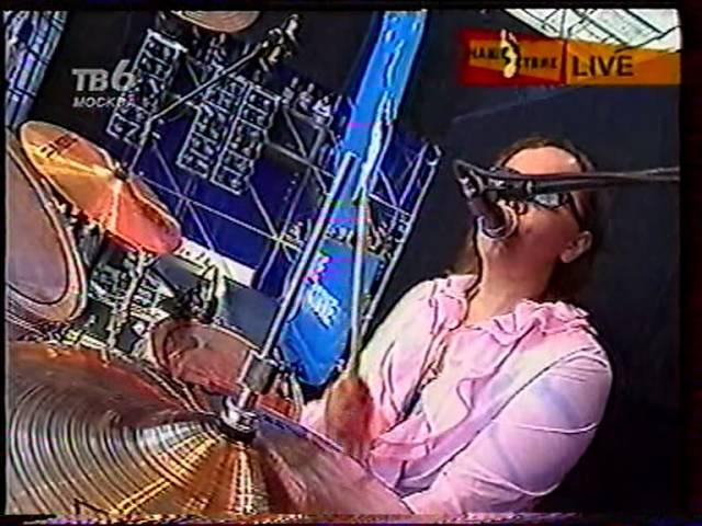 Восьмая Марта - Нашествие 2001