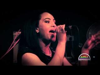 Stephanie McCourt performing Hard Living @ Souterrain Live September 2014