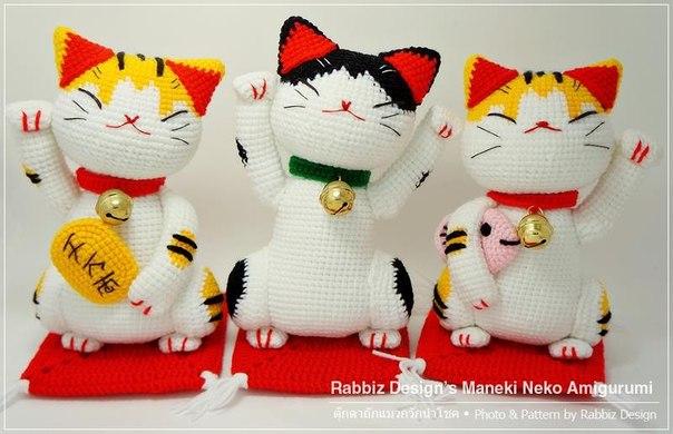 Манэки-нэко (коты, приносящие