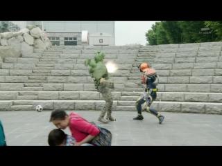 [FRT Sora] Kamen Rider Gaim - 40 [720p-x264-AAC]
