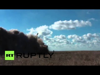 Россия: Чёрноморский Флот военных кораблей запускал ракеты в совместных учениях выходные Крыму.