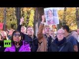 Германия: Про- и анти- протестующие беженцы вбрасывание в Пассау.