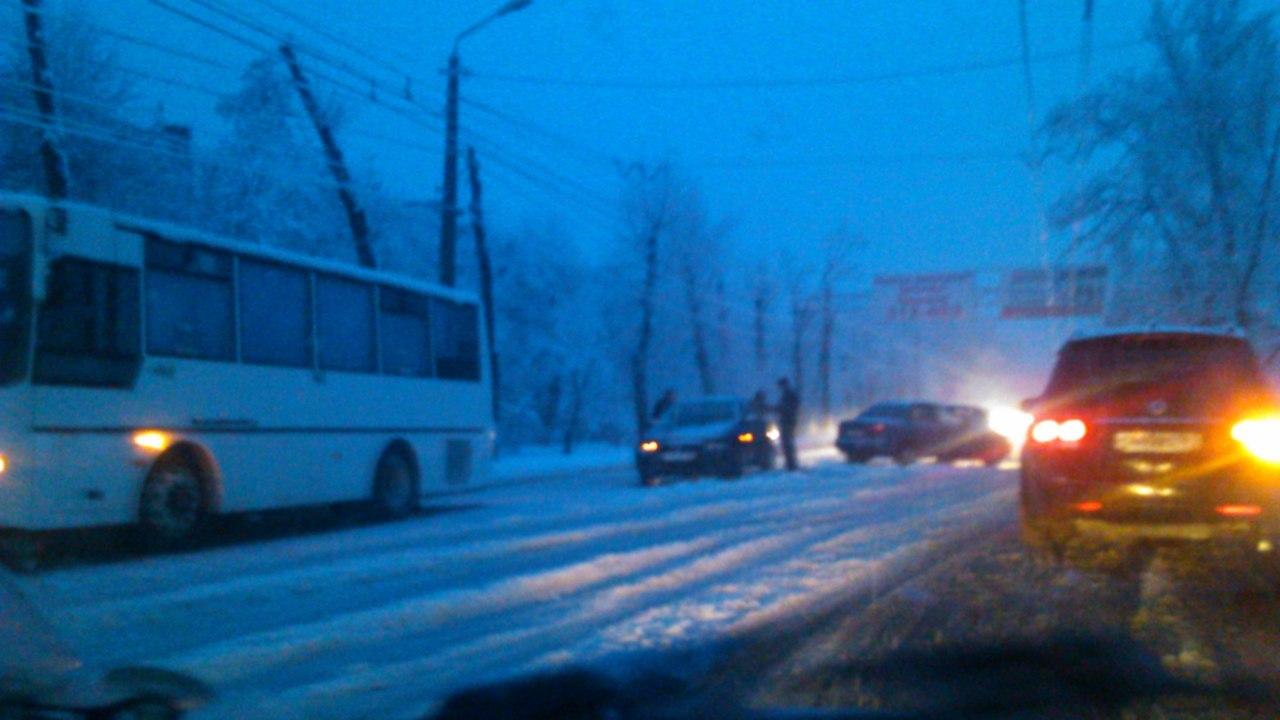 В Таганроге из-за снегопада прогнозируются ЧС