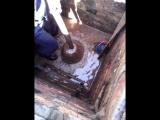 Промывка скважины в кессоне,гидросервис-уфа