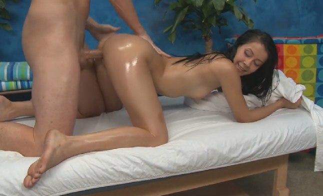 Оргазм в салоне массажа