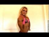 Minna Pajulahti Flexing Biceps