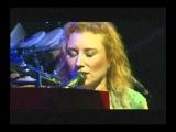 Tori Amos - Crucify - Live ( best performance ever )