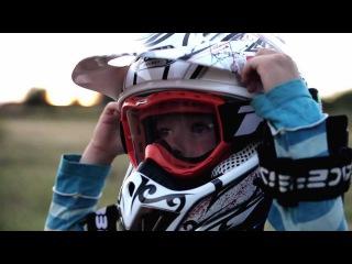 Мото Семен 3 года / Semjon Emel'kin 3 year old motorcycle rider