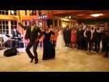 Танец жениха со своей мамой
