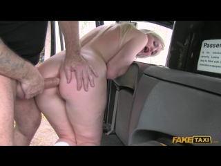 Hot blonde chooses sex over gym [HD 720, all sex, ANAL, taxi]