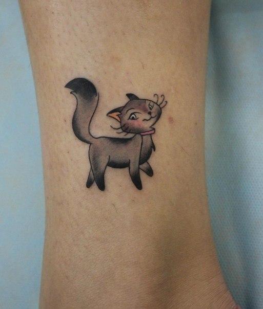 кошачья лапка  тату