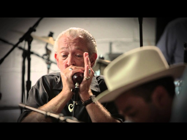 Ben Harper Charlie Musselwhite - I'm In I'm Out And I'm Gone