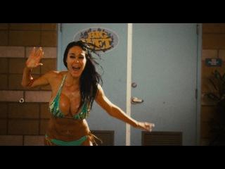 «Пираньи 3DD» (2012): Трейлер (дублированный) / http://www.kinopoisk.ru/film/565993/