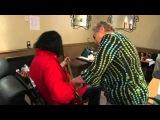 Studio legend Carol Kaye gives Gene Simmons a lesson on bass